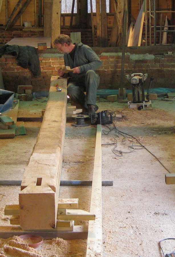 Cutting the dove-tails at the end of the 20ft curved tie-beam